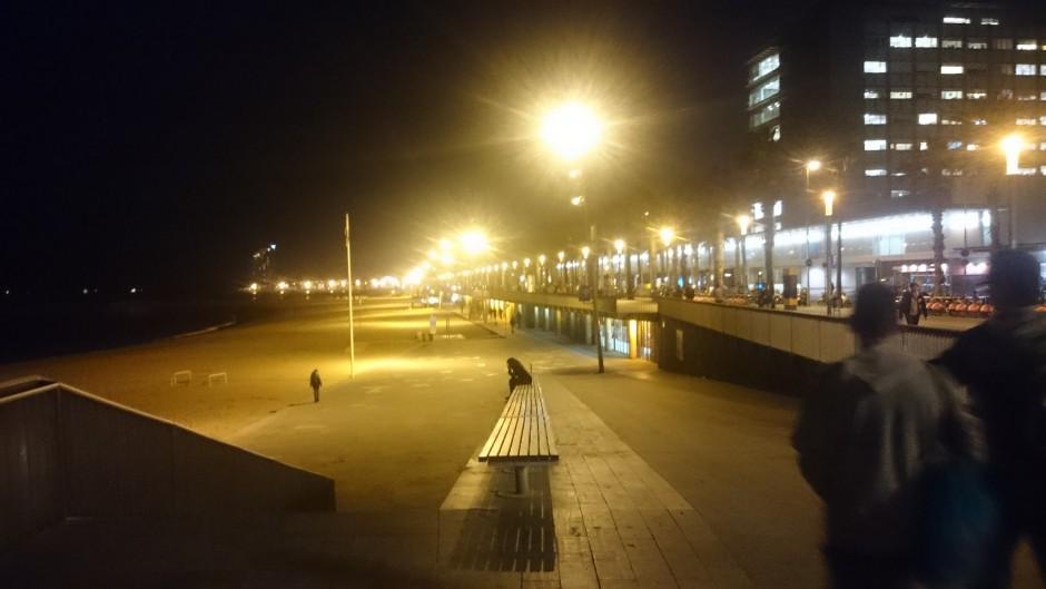 strandpromenad barcelona