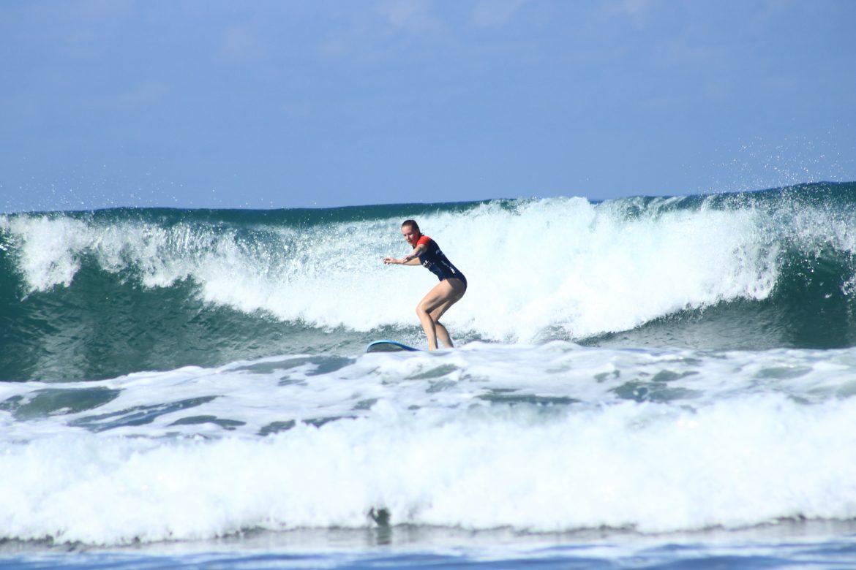 explorista surfar med lapoint i canggu, bali