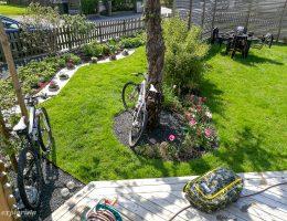 active life - kites & mountainbikes i trädgården