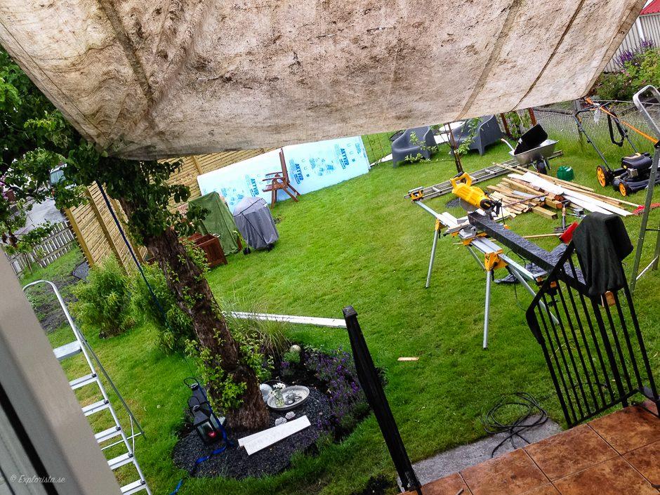 bygg i trädgård