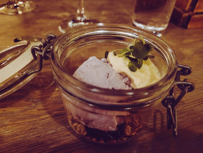 Arken spa i Göteborg - trerätters middag men äppelpaj