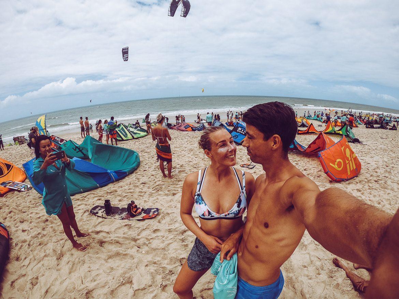 Cumbuco kite parade - svenskarna Emmi & Philip