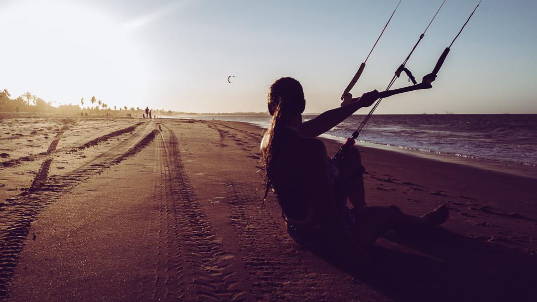 kitesurfer cumbuco beach