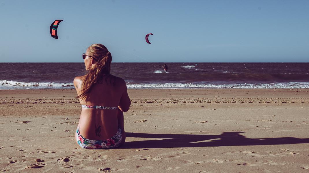emmi på stranden