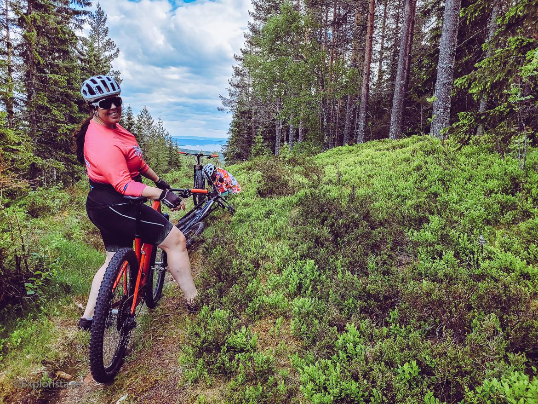 mountainbike i orsa grönklitt i dalarna