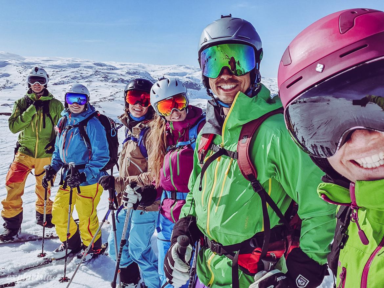 Explorista & vänner på topptur i Norge, skitouring
