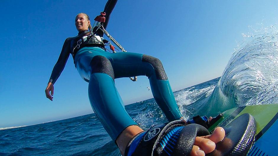 kitesurfer woman boardmount actioncam