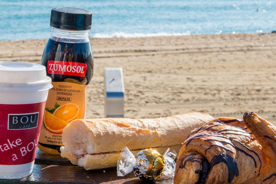 frukost på stranden