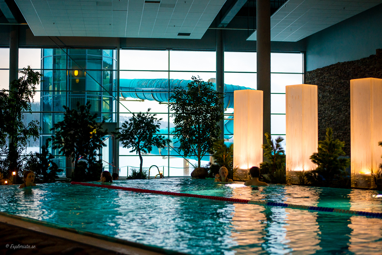 Holiday club badhus med utsikt över Åre sjö.