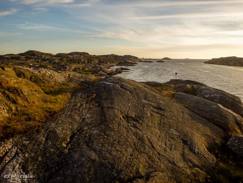 solnedgång stora rävholmen klippor