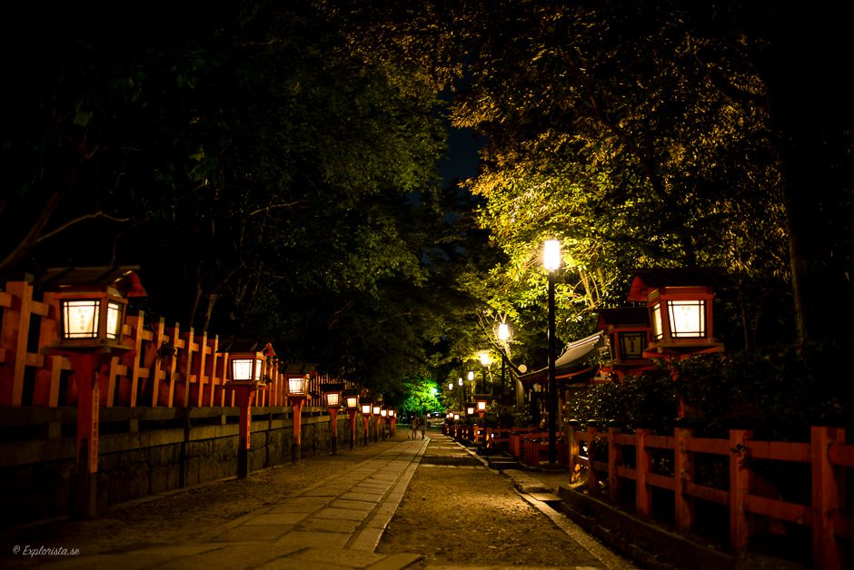 nattpromenad tempelområde