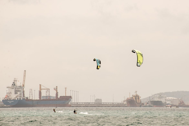 kitesurfare vid gibraltar