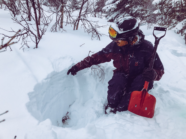lavinkurs SVELAV Friåkning 1 med Summit guides i Åre - snölager