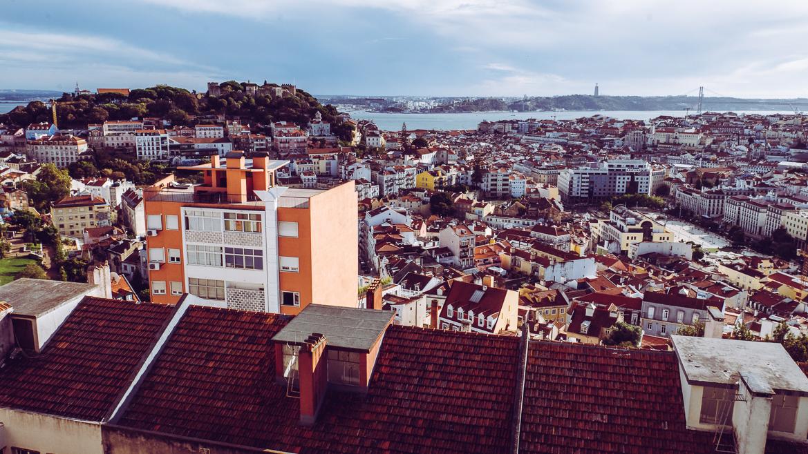 Lissabon från utsiktspunkt