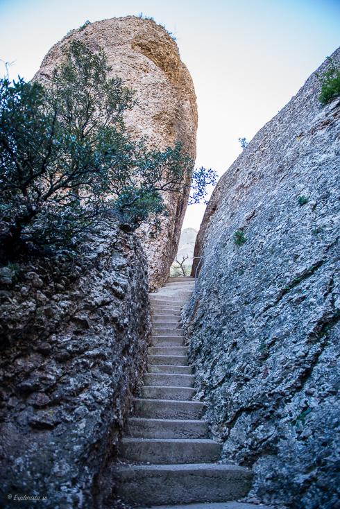 trappor genom berg