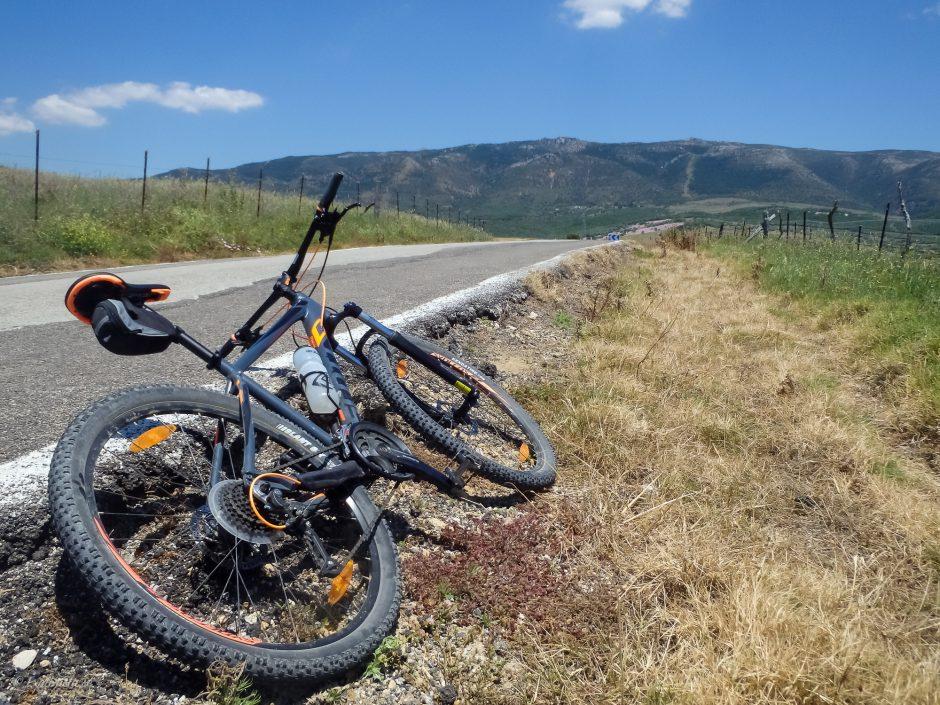 mountainbike asfaltsväg