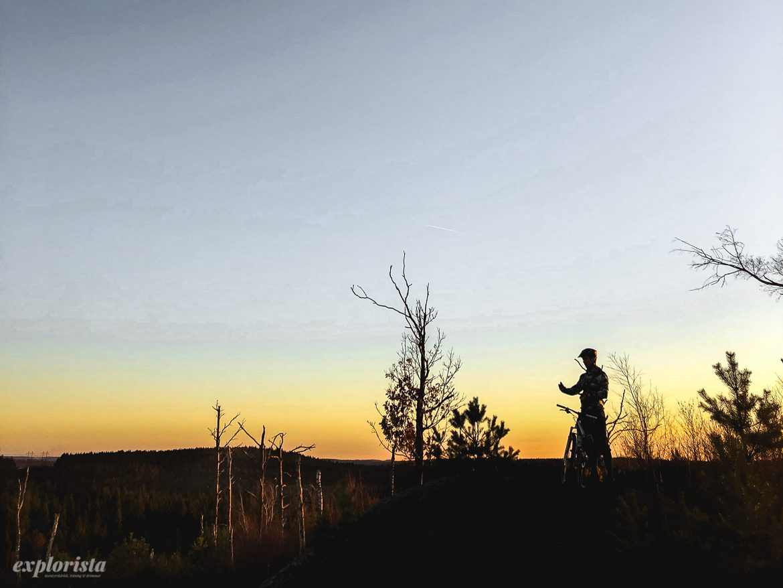 solnedgång mtbcyklist