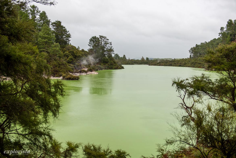 thermal wonderland, grön sjö
