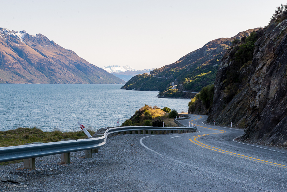väg vid fjord