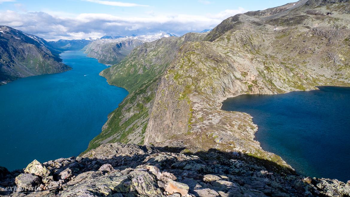 besseggen utsikt sjöar