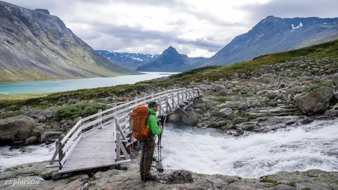 bro över vattendrag i norska fjällen