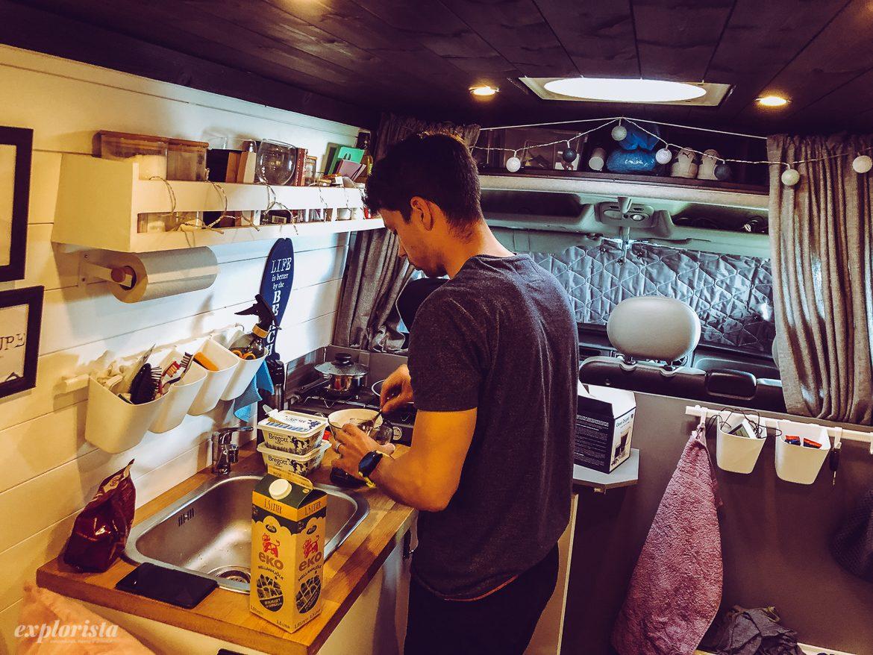 campervan matlagning