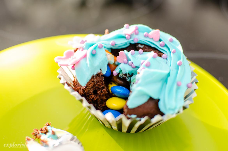 påskcupcake med godisgömma