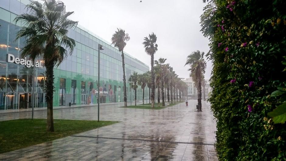 barceloneta rain