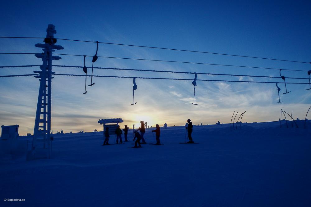 soluppgång skidåkning