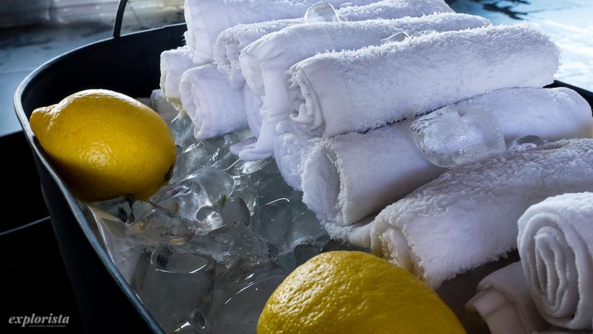 handdukar och citroner
