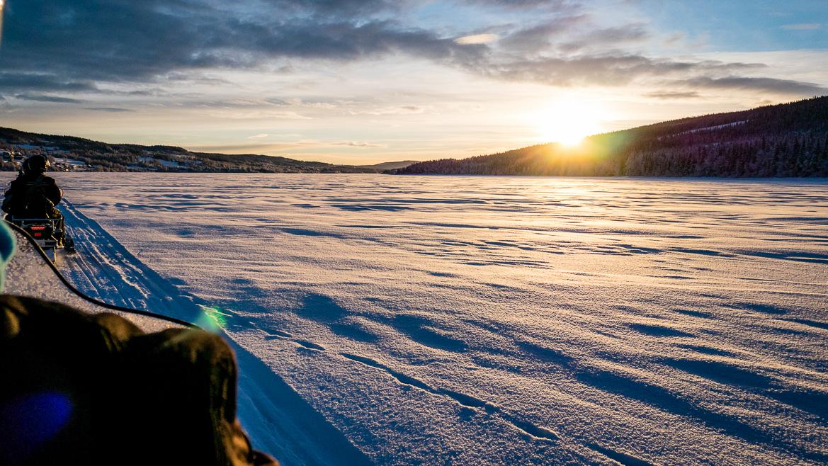 åresjön utsikt sol & snö