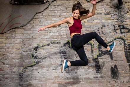 streetdance tjej jump