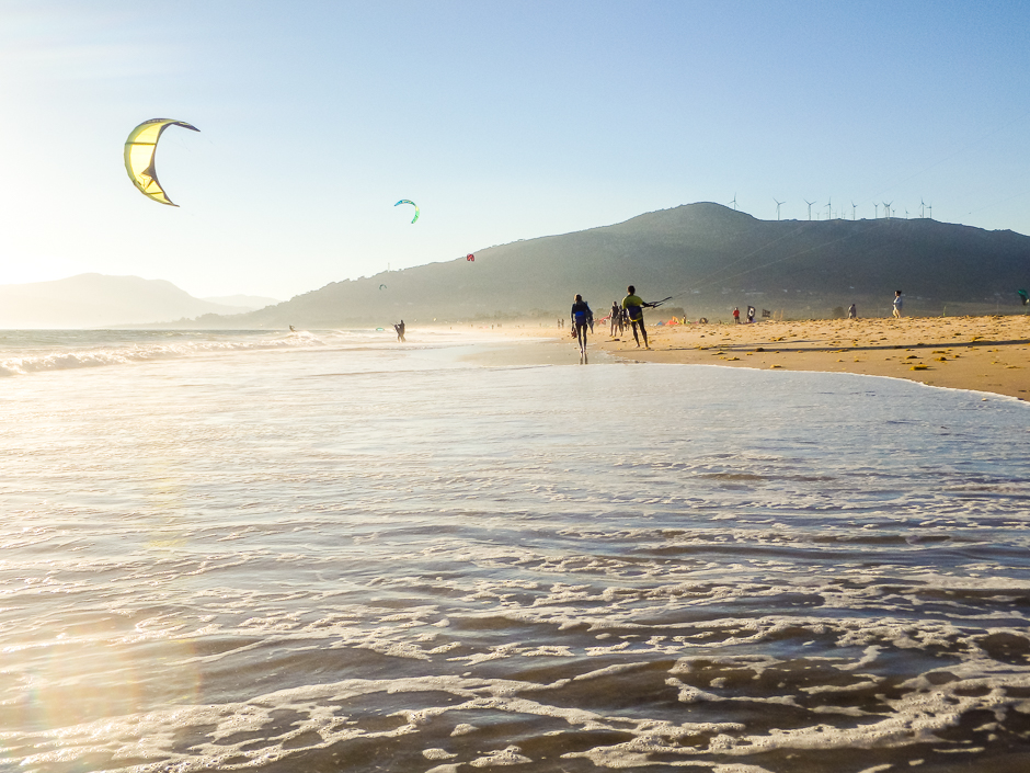 kitesurf evening session tarifa