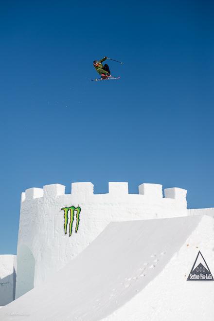 girl big jump skiing