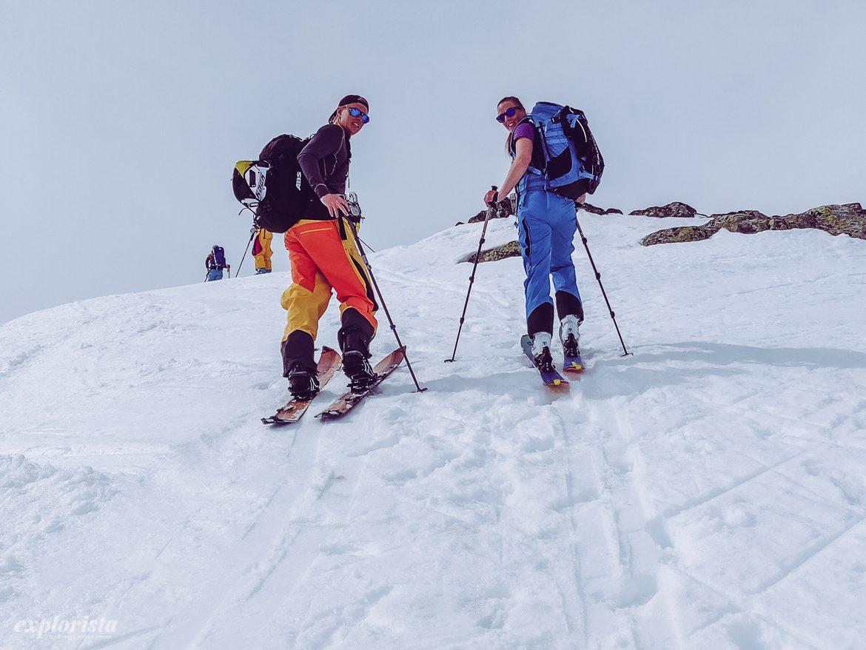 Henning och Emmi på väg upp på Kjelatind