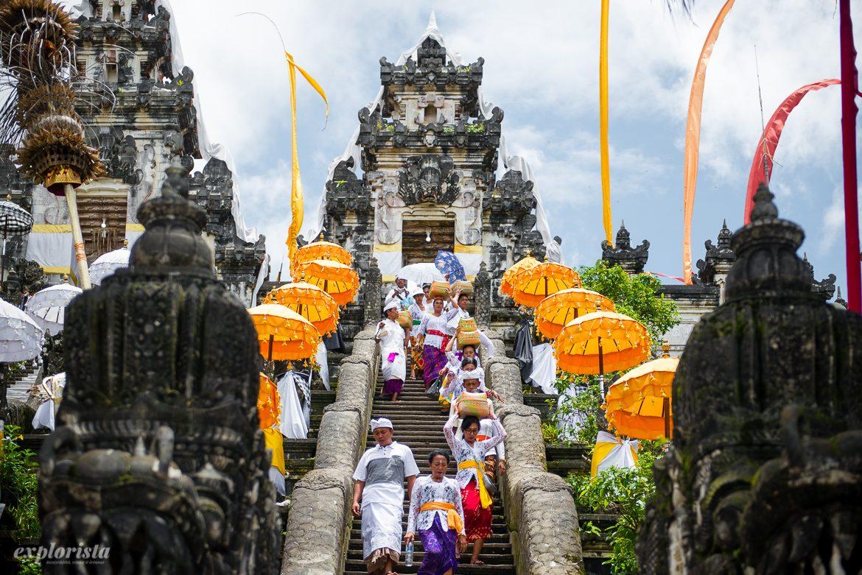 ceremoni bali tempel