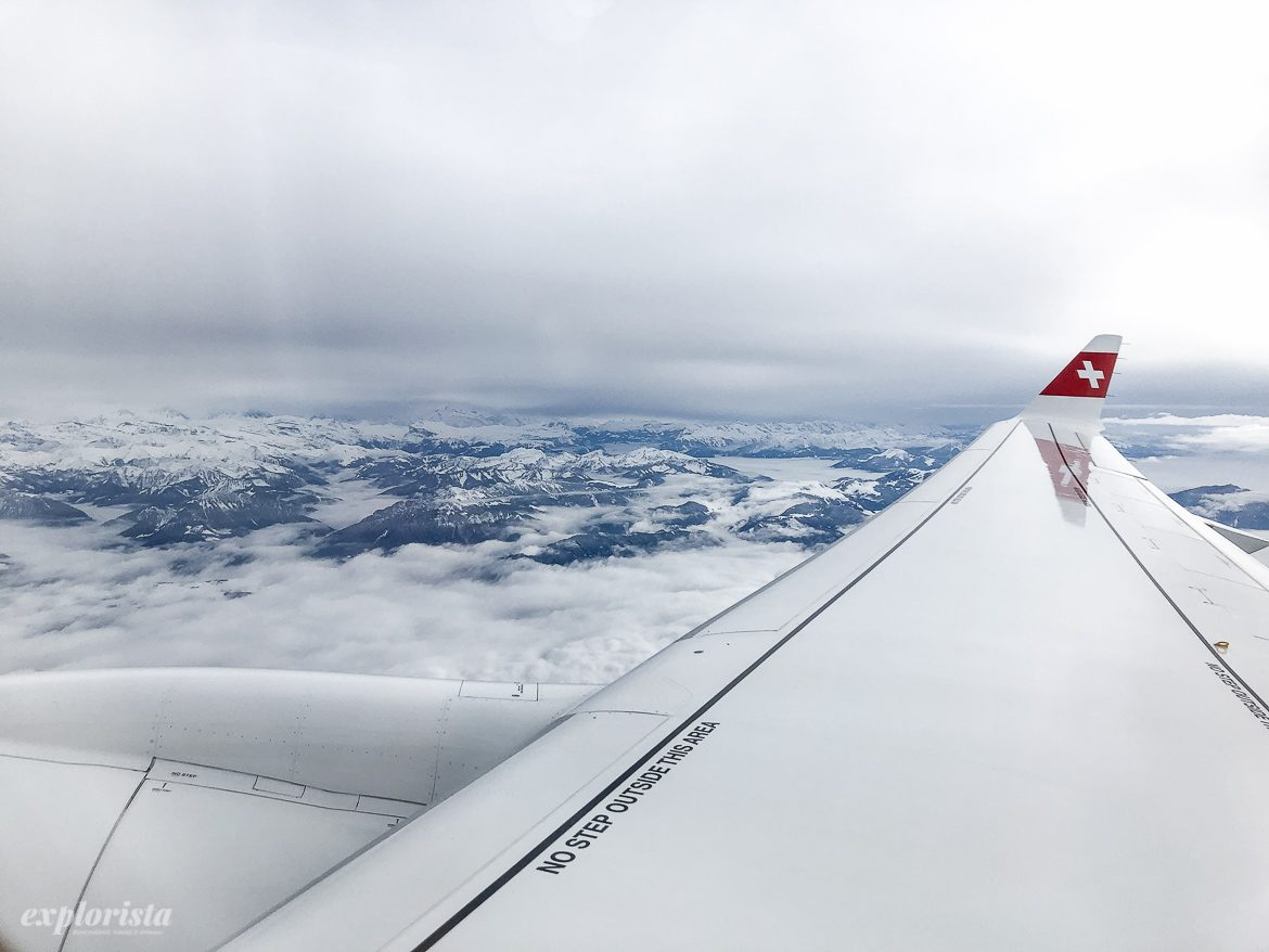 swiss air flygplansvinge berg