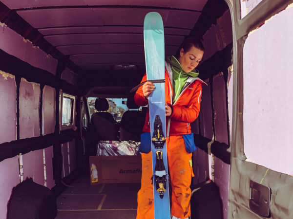 Skidor i campervan