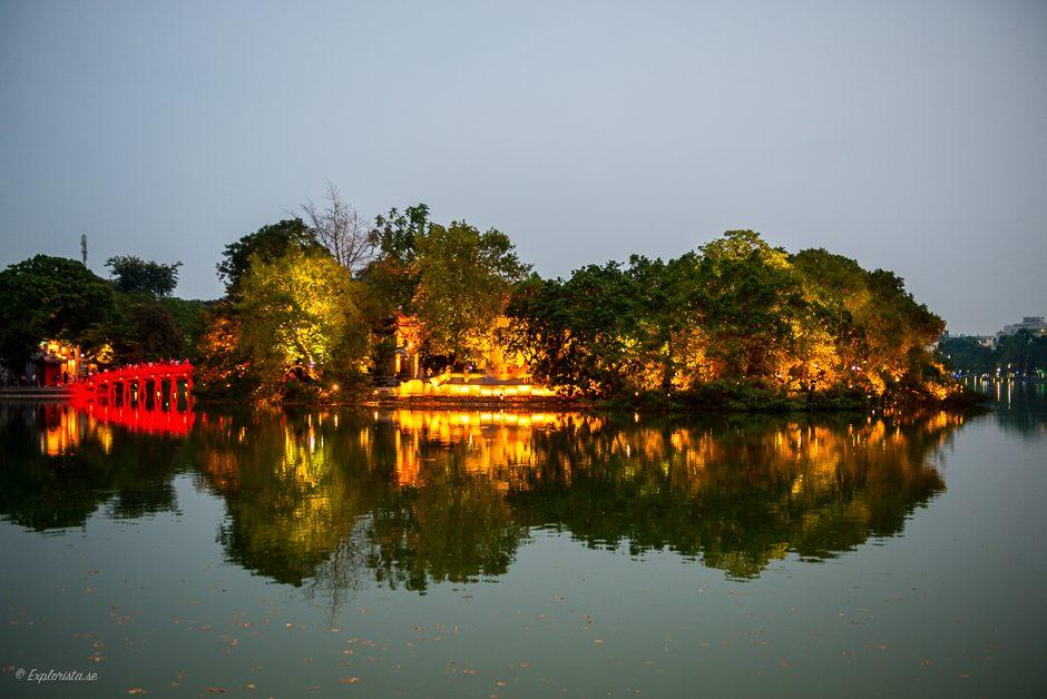 ö i hanois sjö