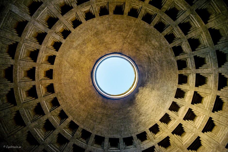 pantheon hål i taket